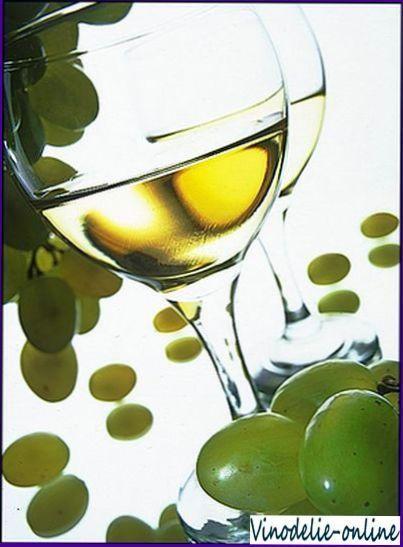 Белое столовое вино