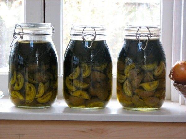 Будь в теме: зеленые орехи в рецепте ликера ночино