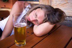 Пивной алкоголизм у женщины