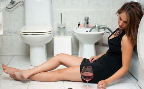 Что делать если сильно тошнит после пьянки?