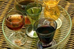 рюмки с напитками