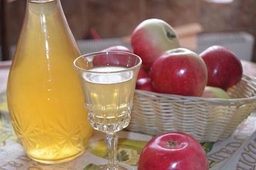 Делаем яблочную настойку на водке