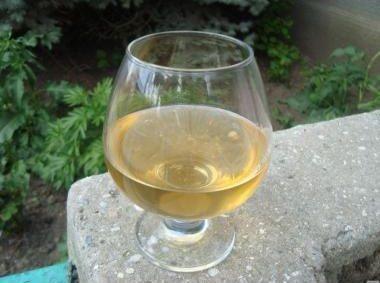фото вина из белой смородины в домашних условиях