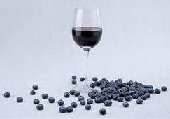 Домашнее вино из черники — простой рецепт