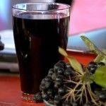 Домашние настойки из черноплодки (черной рябины)
