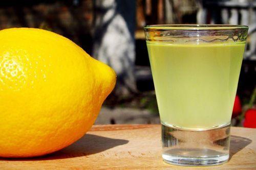 Готовим лимонную настойку на водке