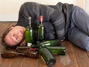 Как и в каких случаях можно вызвать психушку алкоголику?