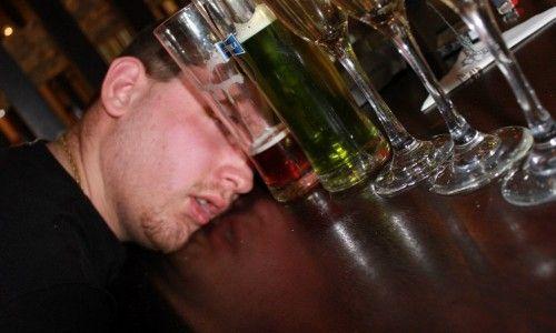 Как можно убедить алкоголика лечиться