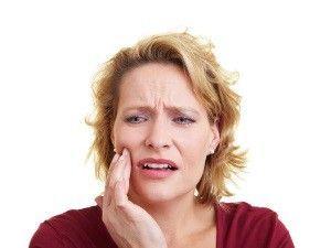 Как обычно алкоголь влияет на зубы: комментарии экспертов
