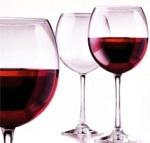 Как приготовить домашнее вино из сливы
