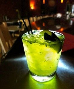 мохито в баре