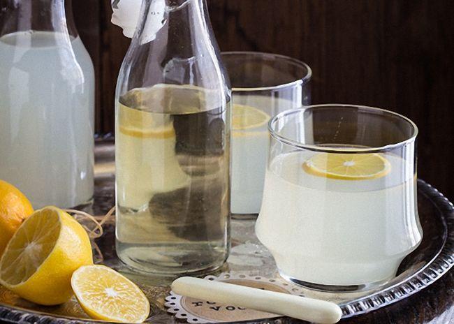 Как приготовить напитки из спирта в домашних условиях?