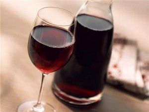 vino iz malin