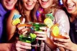 Распитие алкоголя в компании