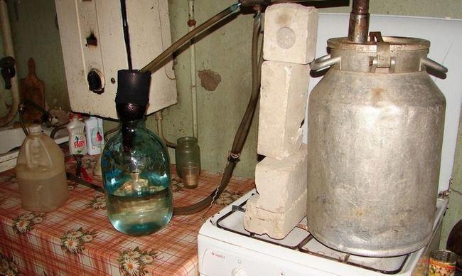 Metode za čišćenje u kući bez destilacije