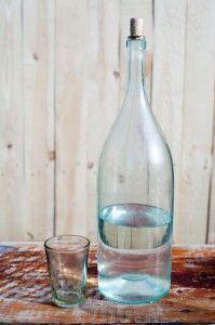 Как сделать домашний самогон более мягким: очистка молоком