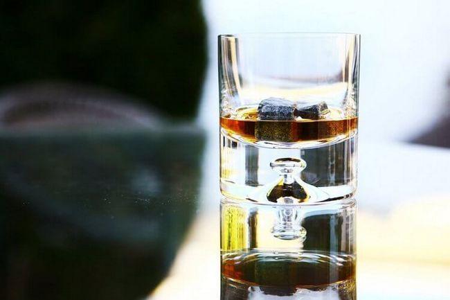 Камни для виски (whisky stones): хороший маркетинг или нечто большее?