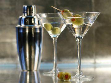 Koktel od martini pomiješana s votkom