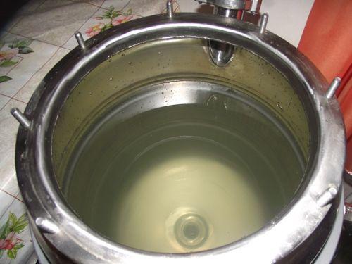 нагреть воду до кипения