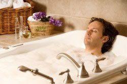 Горячая ванна для расслабления