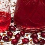 Наливки из кизила – лучшие рецепты (с водкой и без)