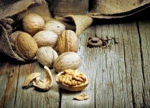 Настойка алкоголя на скорлупе грецкого ореха