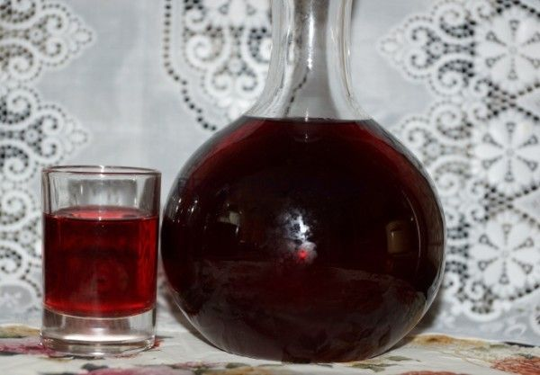 Настойка черешни на водке. Несколько вариантов домашних напитков
