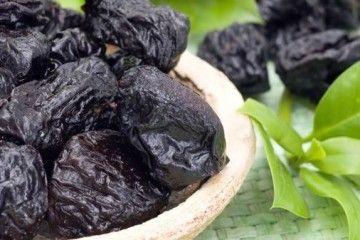 Настойка на черносливе — как приготовить в домашних условиях