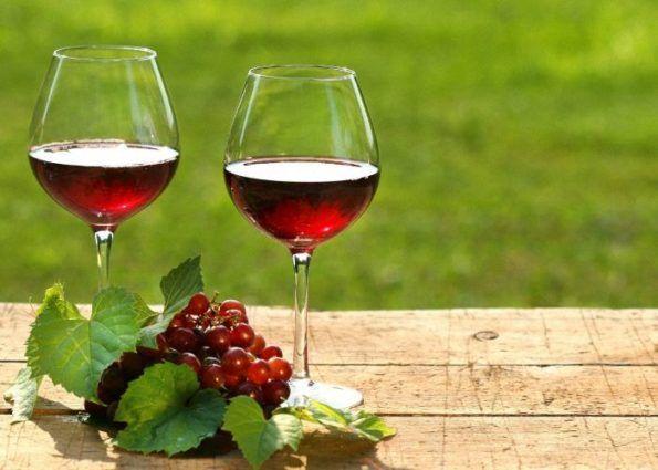 Wino z Viburnum