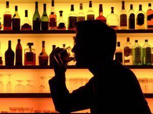 Особенности лечения алкоголизма народными средствами в домашних условиях