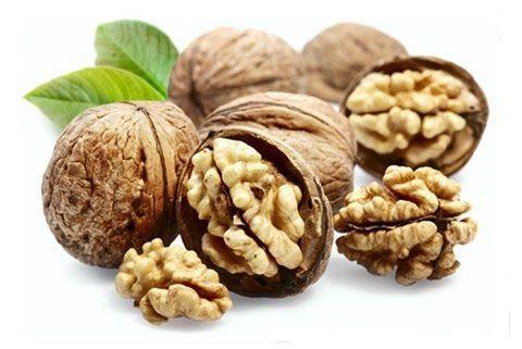 Полезная настойка на перегородках грецкого ореха на водке