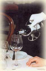 фото разливание вина