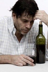 Наступлению алкоголизма первой степени предшествует длительное пьянство