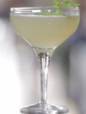 ракия с текилой и лимонным соком