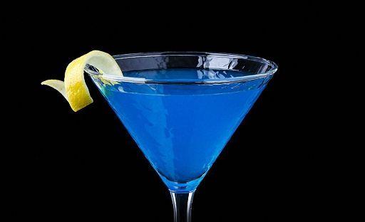 Панамский коктейль с ликером Блю Кюрасао