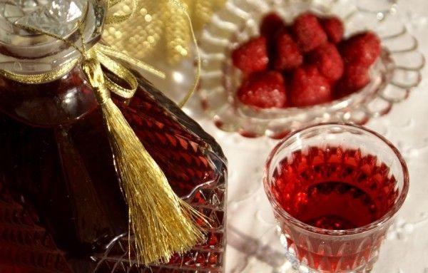 Рецепты малиновой наливки с самогоном, водкой и без добавления алкоголя