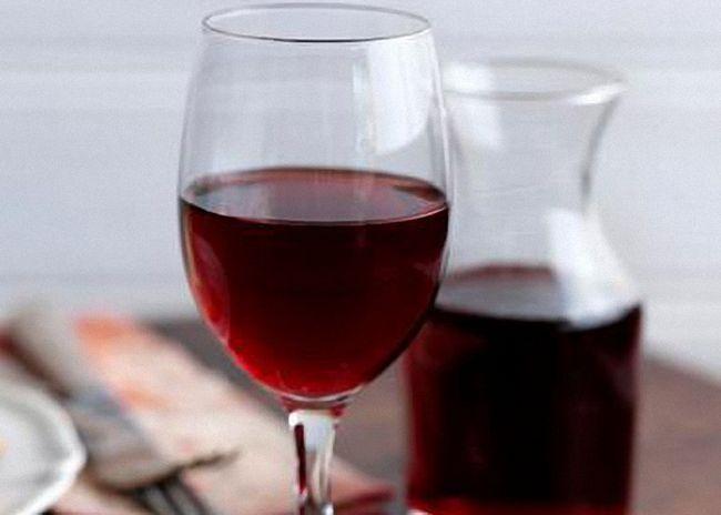 Домашнее вино из черной рябины
