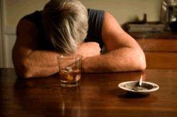 Сможет ли помочь гриб навозник от алкоголизма?