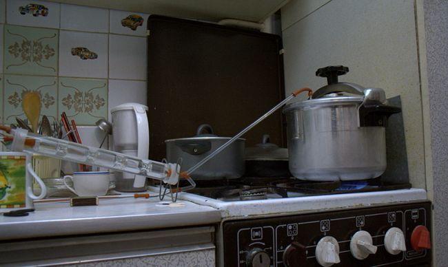 Сборка самогонного агрегата из лабораторного стекла
