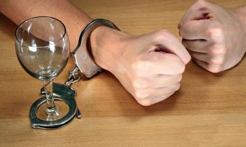 Диагностика и лечение нейрологических симптомов, связанных с алкоголизмом