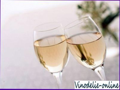 Виноградно-яблочное вино
