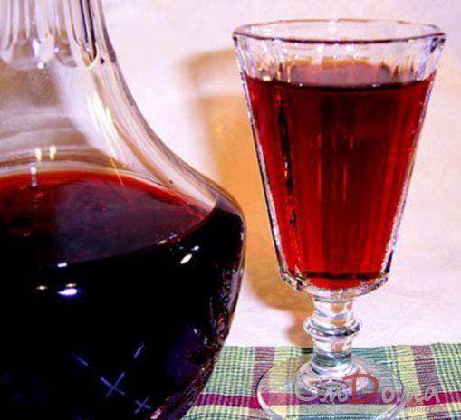 Витаминная настойка на черносливе на водке