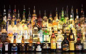 Красивые бутылки с алкоголем