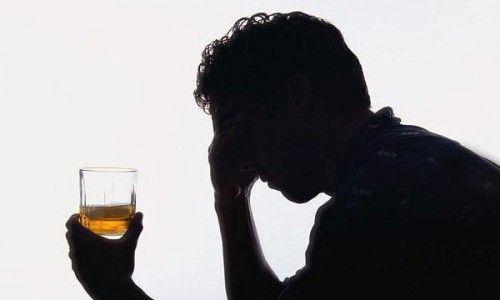 Наиболее распространенные причины алкоголизма