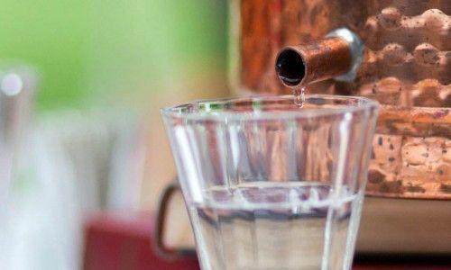 Вред и польза от спиртного напитка самогона